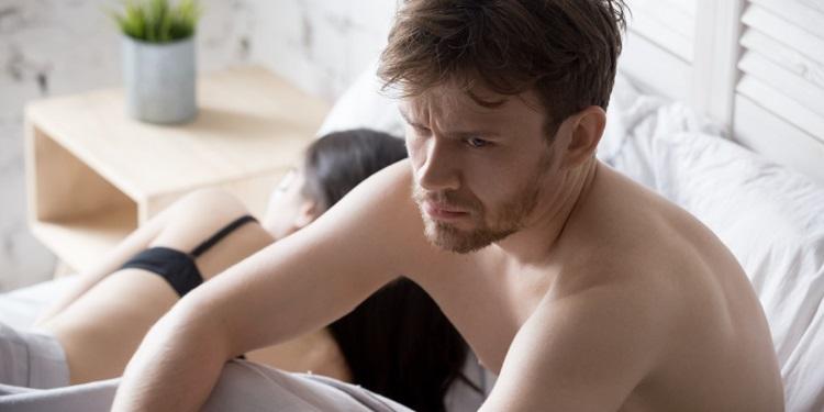 Covid-19 poate cauza infertilitate bărbaților