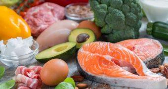 Dieta săracă în carbohidraţi vă poate ajuta să renunţaţi la medicaţia pentru scăderea glicemiei