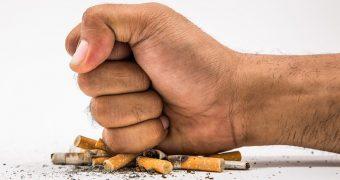 COVID-19, un motiv în plus pentru a renunţa la fumat