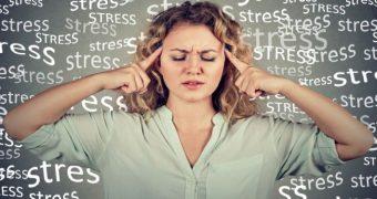 """8 vitamine şi suplimente care spun """"adio, stres!"""""""