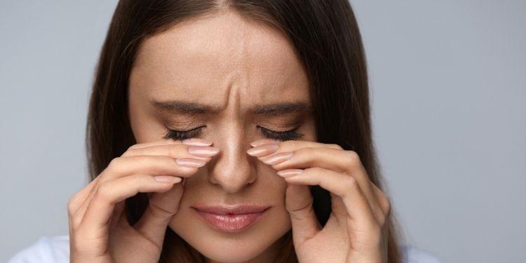 conjunctivită, ochi, pleoape, retenţie de apă, înţepături insecte, reacţii alergice, pleoapele umflate,