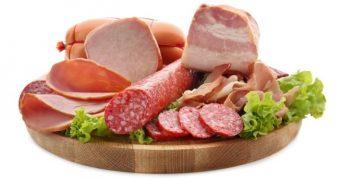 Consumul de carne procesată poate duce la demență
