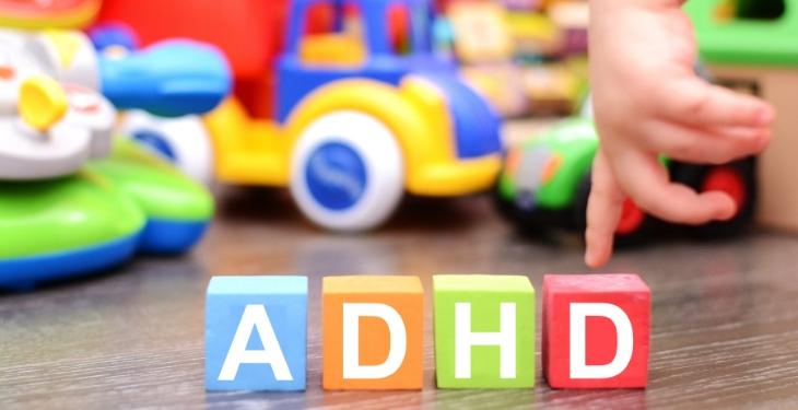 Obrăznicie sau afecţiune? Mituri şi prejudecăţi despre ADHD
