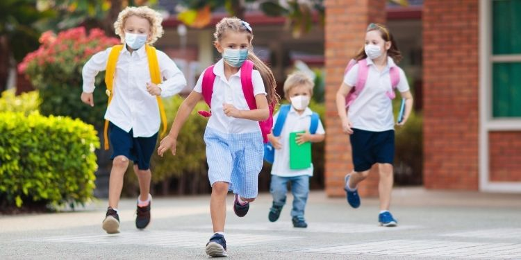 SARS-CoV-2, COVID-19, coronavirus, transmiterea COVID-19, COVID-19 în școli,