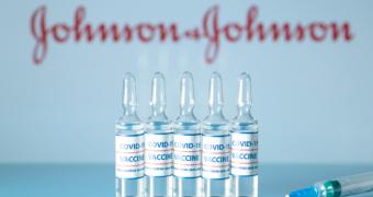 A fost aprobat serul Johnson&Johnson, cel de-al patrulea vaccin împotriva COVID-19