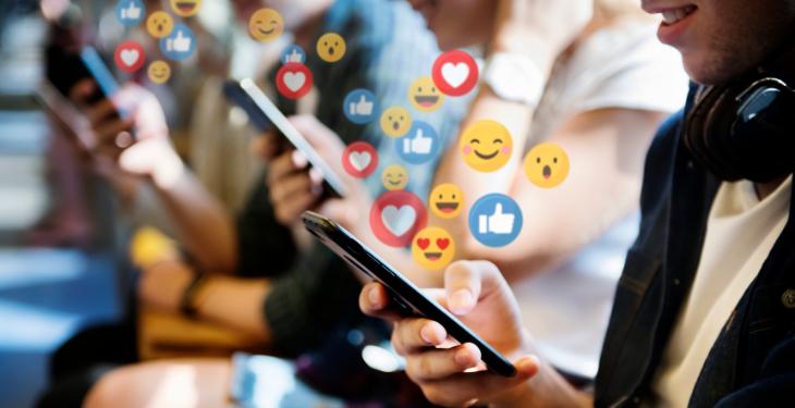 social media, retele sociale, online, învăţare prin recompensă, like, dependenţă, recompensă, Instagram,
