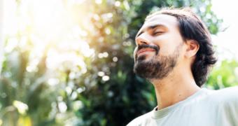 Cum să vă îmbunătăţiţi sănătatea emoţională