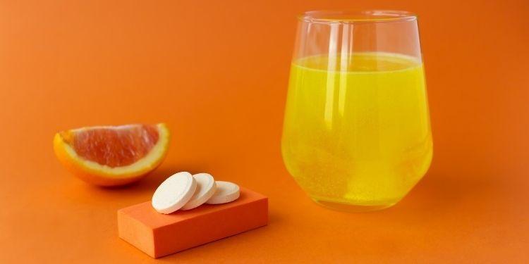 vitamina C, sângerarea gingiilor,