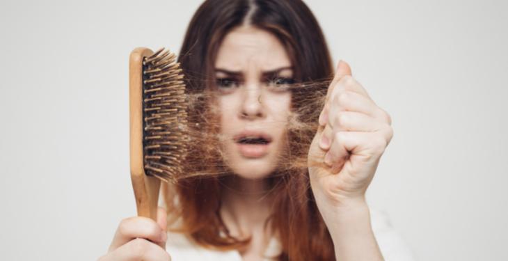 căderea părului, scalp, alopecia, medicamente, stres,